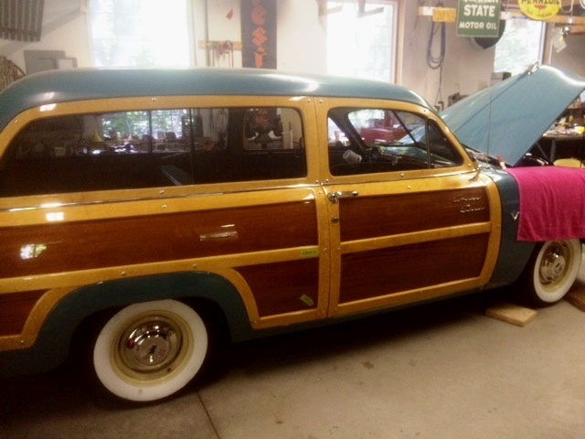 50'S FORD WOODY