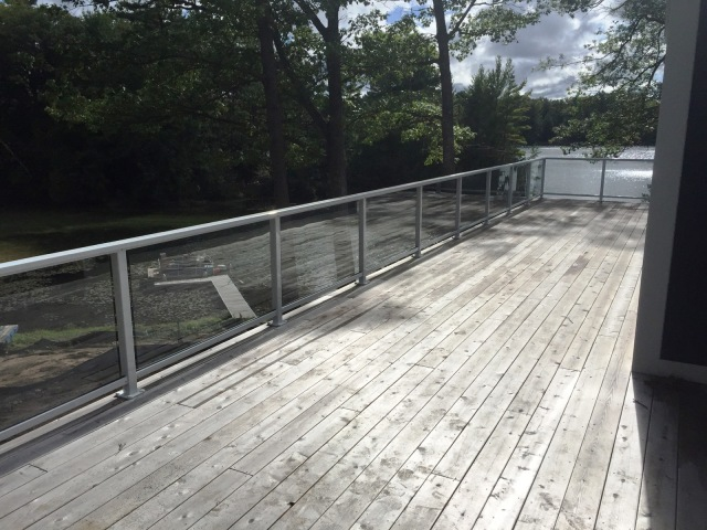DECK RAILING IN LONG LAKE